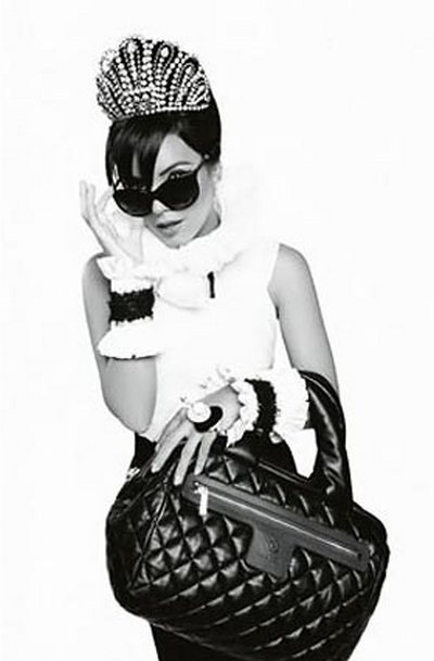 lily-allen-chanel-coco-cocoon-bags-ad-campaign