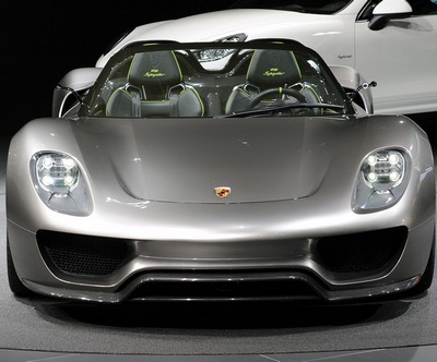 porche 918 spyder hybrid concept turbo blanco art fashion. Black Bedroom Furniture Sets. Home Design Ideas