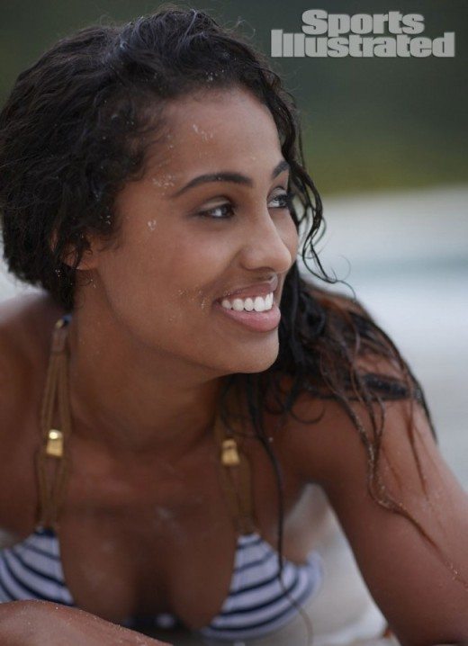 Skylar-Diggins-Sports-Illustrated-Swimsuit-03-650x898