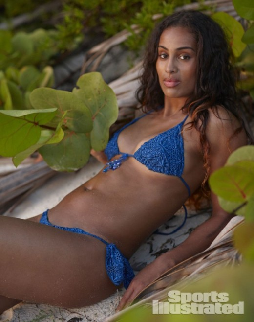 Skylar-Diggins-Sports-Illustrated-Swimsuit-06-650x823