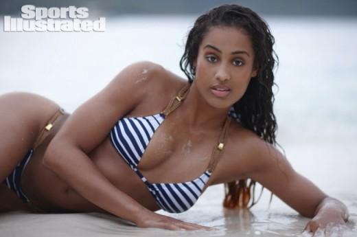 Skylar-Diggins-Sports-Illustrated-Swimsuit-09-650x432